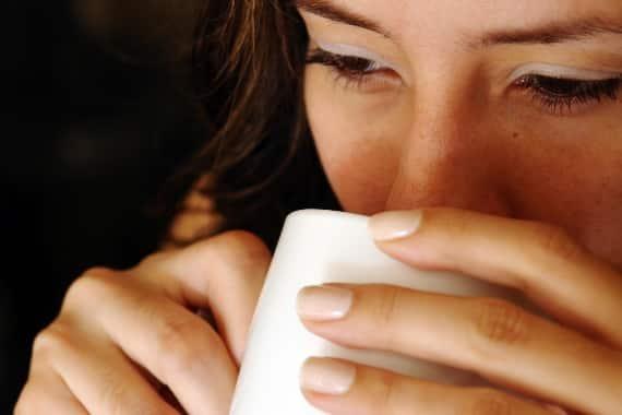 A kávéfogyasztás felére csökkentheti a szájüregi rák és torokrák kockázatát