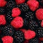 Bogyós gyümölcsökkel az egészséges szájüregért