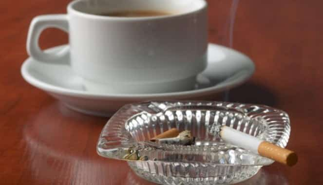 reggeli cigarettazas
