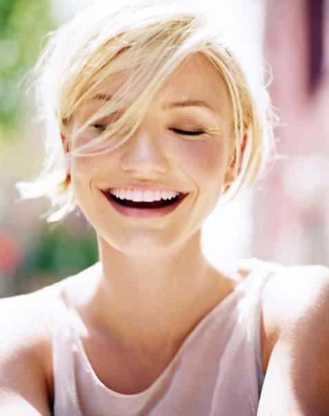 Cameron Diaz széles, fiatalos mosolya energiát sugároz. (Kép: Pinterest)