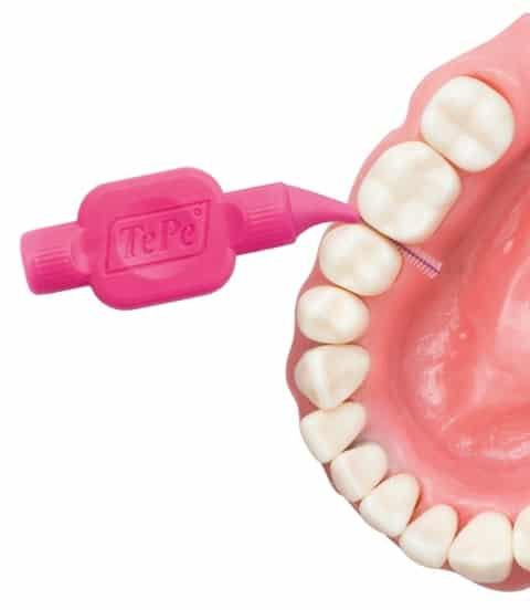 A fogköztisztító kefék használata elengedhetetlen, hatékonyságuk kiemelkedő. /Kép: Etvmarket/