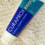 Kipróbáltuk: Curaprox Enzycal Zero fogkrém – Tudatos munka
