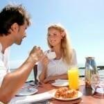 A reggeliző embereknek üdébb a leheletük