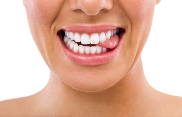 Fehér nyelv – okok, tünetek, kezelés