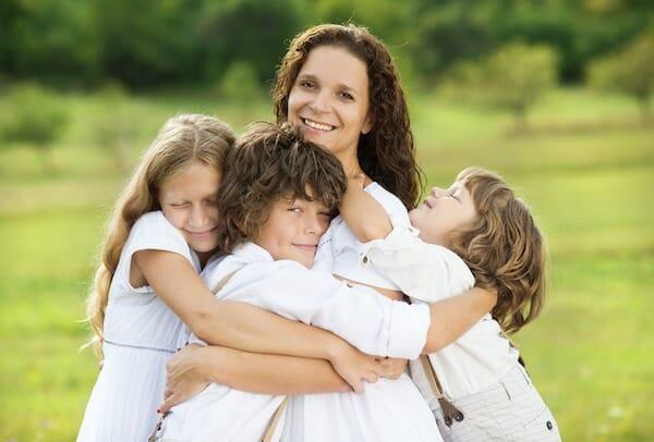 Az édesanyáknak nem jut elegendő idejük a szájápolásra