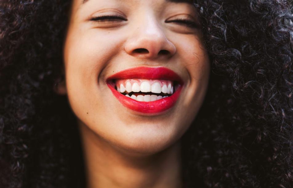 6 kérdés a fogfehérítésről – A fogorvos válaszol