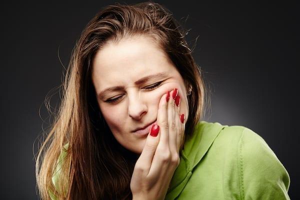 fogmeder gyulladás tünetei)